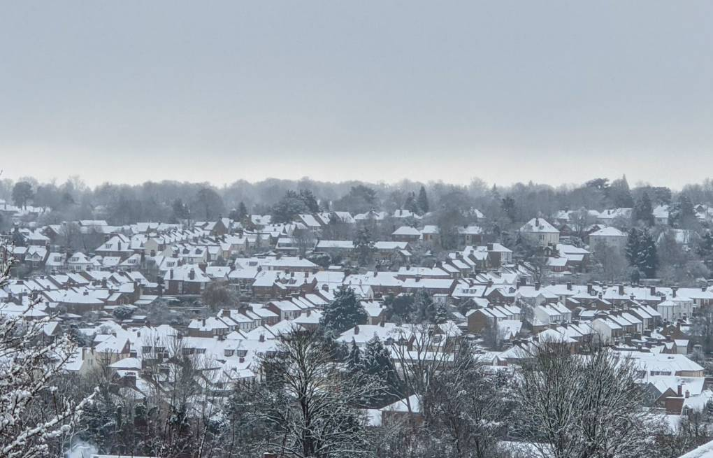 Snowy vista Berkhamsted, Herts,, sent by brian gaze